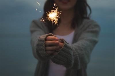 familie-van-dokkumburg-oudejaarsavond-vuurwerk-vuurpijl-mooi-sterretje