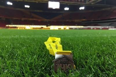 johan cruijff hardloopwedstrijd amsterdam arena medaille - uitgelicht